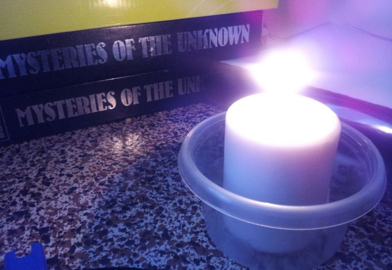 Little White Candle